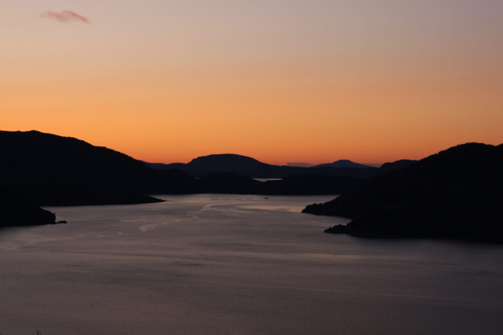 Kveld over Åkrafjorden